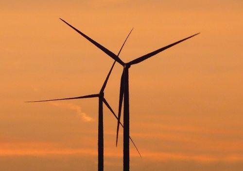windräder,saulėlydis,vėjo energija,vėjo energija,vakarinis dangus,atsinaujinanti energija,energijos revoliucija,abendstimmung,afterglow,energija,dangus,atmosfera,twilight