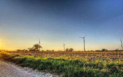 windräder,vėjo energija,saulėlydis,nuotaika,energija,mėlynas,aplinkosaugos technologijos,rotorius,dabartinis,pasukti,elektros energijos gamyba,vėjo energija,maitinimas,atsinaujinanti energija,Vėjo turbina,kraštovaizdis,laukai,rotoriaus geležtės,propeleris,dangus,hdr,didelis dinaminis diapazonas,kontrastas