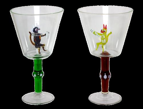 vynas,alkoholis,velnias,stiklas,menas,stiklo figūra,indai,butelis,kelių spalvų,laiko,garbanoti,baras,tuščias stiklas,skaidrus fonas,skaidrus stiklas