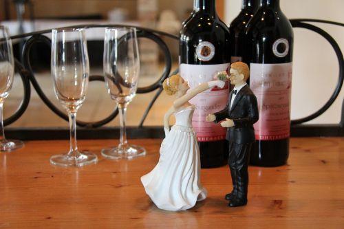 vynas,gerti,alkoholis,žaidimas,stiklas,Vestuvės,akiniai,šampano akiniai,šampanas,deko,nuotaka ir jaunikis