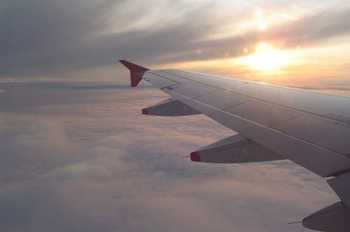 sparnas,orlaivis,dangus,debesys,skristi,orlaivio sparnas,skrydis,selva marine,šventė