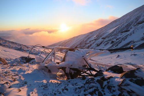 žiema,kalnai,saulėlydis,vakaras,sniegas,kraštovaizdis,gamta,šlaitai,Rokas,šaltas,vulkanas,akmenys,sniego plunksnos,šaltis,kraigas,atvira erdvė,kamchatka,aukštis,Highlands,vėjas,kalnų peizažas,neatitikimai