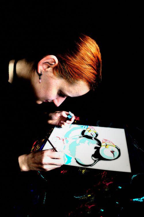 moteris, žmonės, dažymas, piešimas, hobis, menas, portretas, linksma, spalvos, darbas, moteris tapyba vaizdas