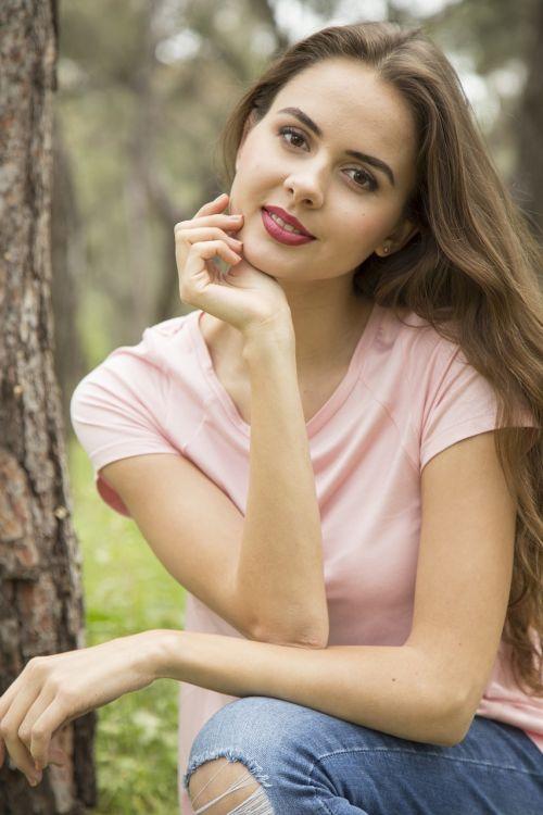 moterų,modelis,gražus,jaunas modelis,mada,poveikis,jaunoji moteris,portretas,grožis,žmogus,kontaktas,veidas,mergina,jaunas,mados šaudyti,fotografija,žmonės,mergaitė,plaukai,grožio modelis