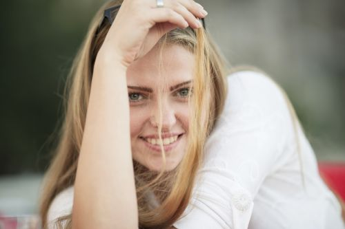 moterų,modelis,jaunas modelis,gražus,portretas,grožis,žmogus,poveikis,fotografija,mada,veidas,mergaitė,jaunoji moteris,apžvalga,kontaktas,mergina,mados šaudyti,grožio modelis,jaunas,plaukai,žmonės