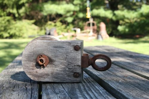 mediena,medinis skriemulis,medinis stalas,stalas,medinis,senas,skriemulys,įranga,Senovinis,vintage