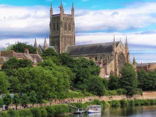 worcester,Anglija,katedra,bažnyčia,architektūra,upė,vanduo,apmąstymai,medžiai,dangus,debesys,hdr,gamta,lauke