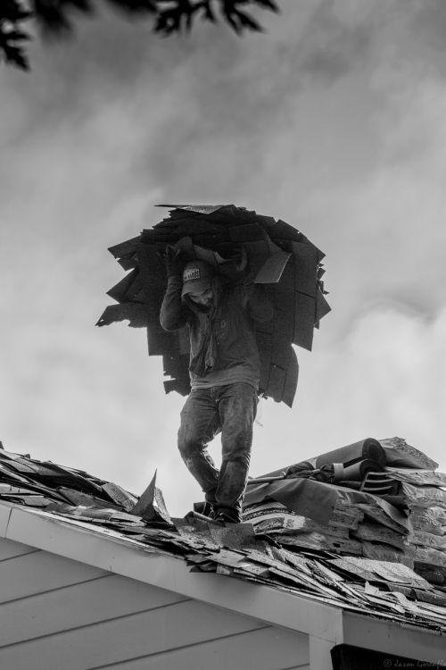 darbas,darbo,darbininkas,vyras,darbuotojas,darbininkas,statyba,darbo,saugumas,asmuo,Statybininkai,pataisyti,statybininkas,pramonės darbuotojas,amatininkas,stogdengys,dienos darbo,didelis darbas,kietas darbas,darbas,sunkus darbas,purvinas darbas