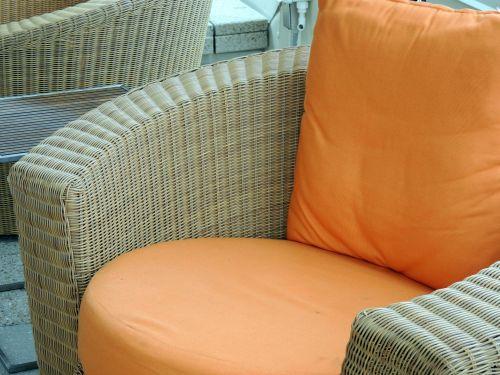 austi, pinti dirbiniai, kėdė, oranžinė, pagalvėlė, austi kėdė