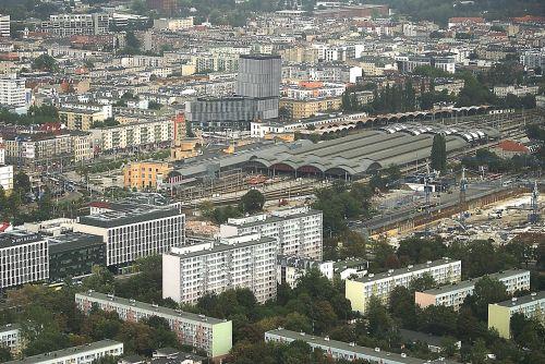 Wrocław,miestas,namai,vaizdas iš viršaus,architektūra,bažnyčia,seni pastatai,nauji pastatai,pastatai,gatvė,miesto gyvenimas,miestas iš viršaus,Mano miestas,draugiškas miestas,pagrindinės geležinkelio stoties apylinkė