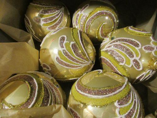xmas kamuoliai,xmas,dekoracijos,gruodžio mėn .,sesiono apdaila,rankų darbo,puoštas rankomis,brangus