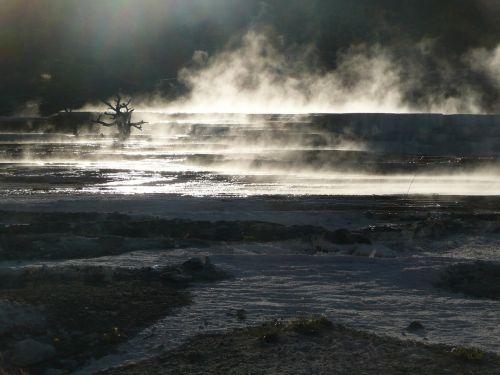 geltonojo akmens nacionalinis parkas,Vajomingas,terasa,terminis,mineralinis užstatas,geologinis formavimas,garai,karštas vanduo,kalkakmenis,kraštovaizdis,peizažas,turistų atrakcijos,vanduo,šviesus