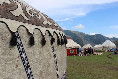 yurt,Nomadiniai žaidimai,kanjonas