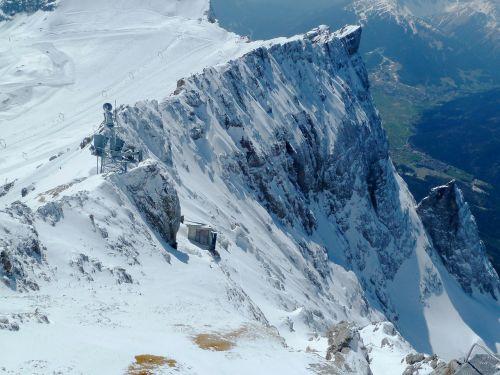 zugspitze,uolos,sniegas,Rokas,žiema,perspektyva,perspektyva,saulėtas,saulė,balta,gamta,puiku,slidinėjimas,Sportas,Vokietija
