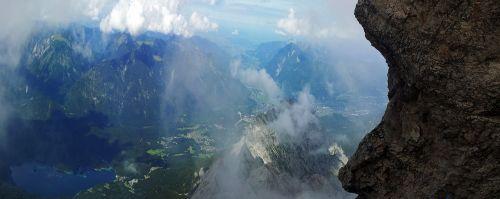zugspitze,Rokas,dangus,veidas,rūkas,vanduo,aukštas,šventė,šeima,lipti,vasara,saulė,panorama,alpinizmas,aukščiausiojo lygio susitikimas,Alpių,tolimas vaizdas,šešėlių žaidimas,perspektyva,vaizdas,perspektyva,steinig,atostogų keliones,aukščiausių kalnų,daugiau,slėnio vaizdas,norėti,akmuo
